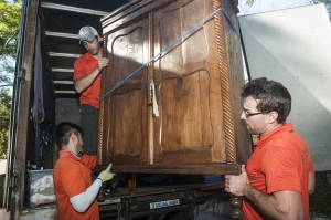 platinum removals removalists with cupboard